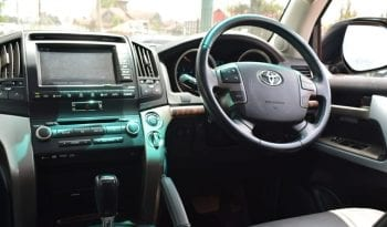 Toyota Land Cruiser V8 full