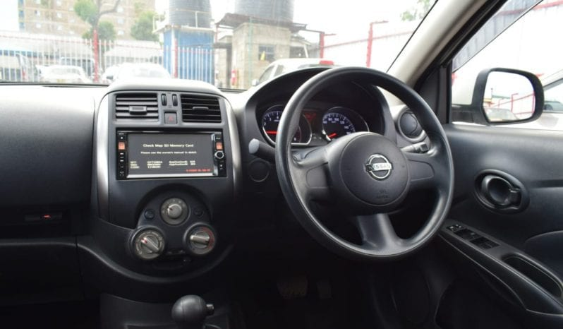 Nissan Tiida Latio full