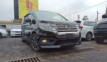 Honda-Stepwagon-for-sale-by-Ineax-Motors-3